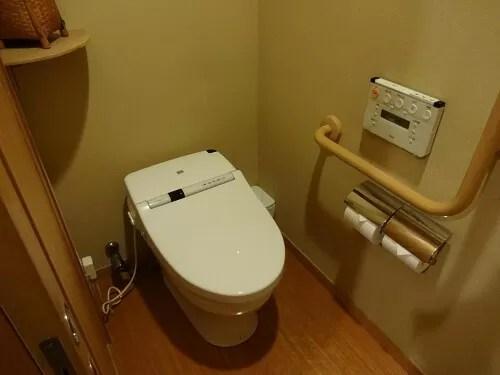 草津温泉【望雲】雲松庵(洋室・ツインルーム)のトイレ