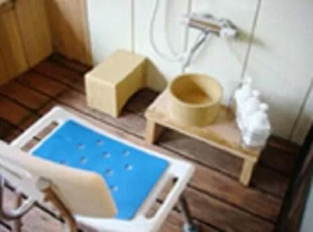 【彩つむぎ】バリアフリー対応風呂付き洋室201号室・301号室のバスルーム