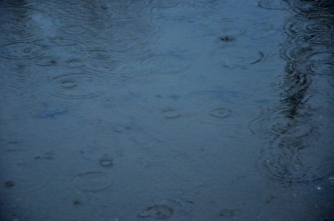 Il pleut, il mouille, mais on colorie la pluie !!!