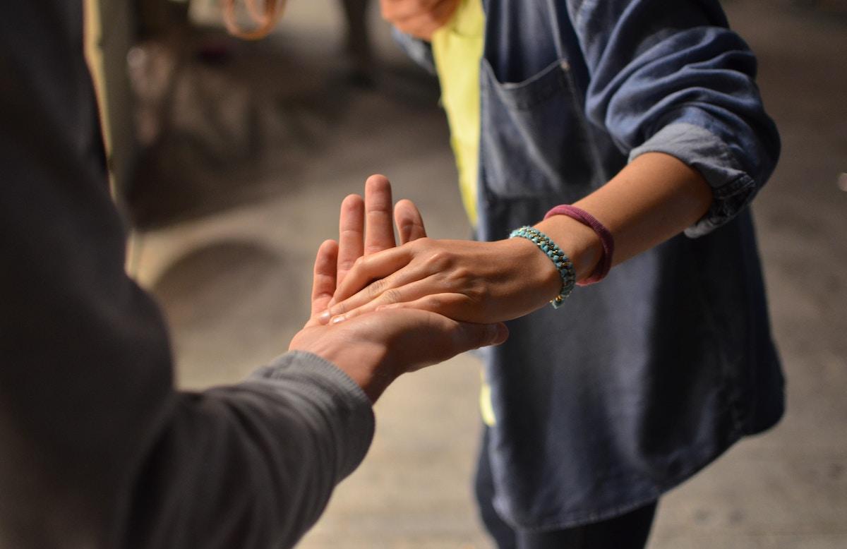 Hướng nghiệp cho trẻ nhạy cảm và giàu tình yêu thương