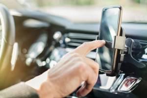 Motorista por aplicativo tem direito trabalhistas