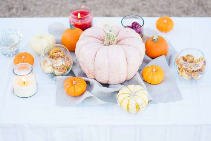 Fall Pumpkin Tablescape and Decoration Ideas