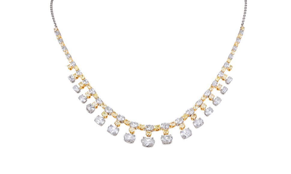 KAMYEN JEWELLERY - GRADUATING OVAL-CUT DIAMOND NECKLACE (REF: NK-F33A)