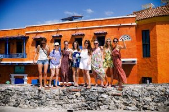 Cartagena travel guide featured by top travel blogger, Champagne Getaway