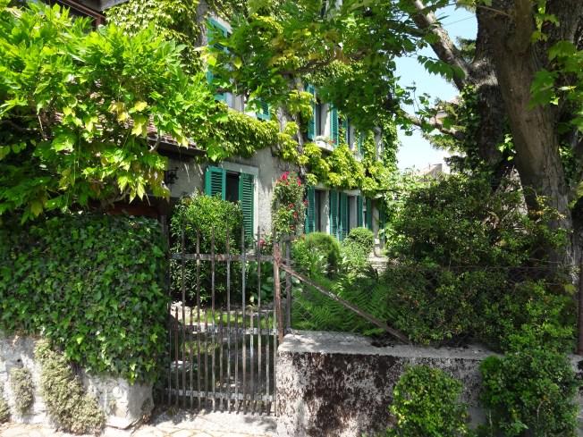 The village of Vufflens-le-Château. All photos: PK Read