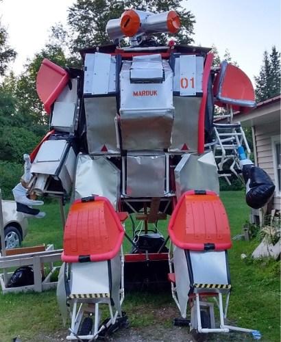 MARDUK the giant fighting robot
