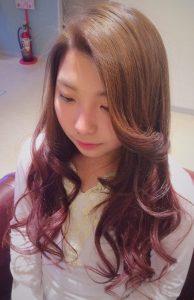 黒染めからのピンクグラデーションカラー