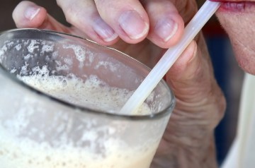 Cinnamon Vanilla Milk Shake