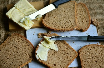 I Can't Believe It's Reduced-Fat Whole Wheat Banana Bread