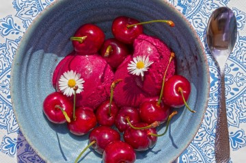 Fresh Strawberry Sorbet