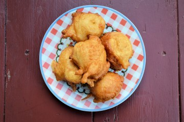 Conch Fritters: Bahamian Style