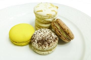 Easy French Vanilla Coconut Macaroons