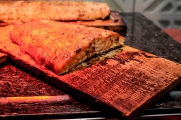 Cedar Planked Salmon With Spice Rub
