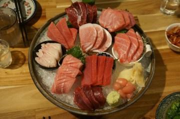 Tunnu Aurudici (sauteed Sweet and Sour Tuna Steaks)