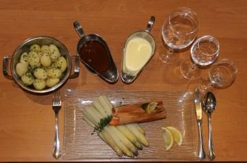 Honey Glazed Salmon With Asparagus