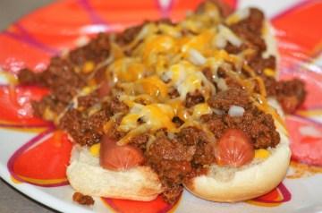 Macaroni and Cheese Hot Dog Skillet