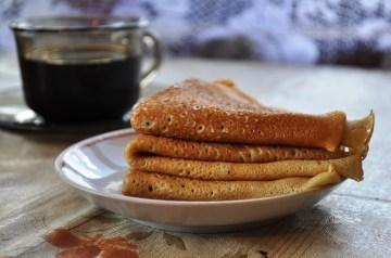 Sirniki (Russian Cheese Pancakes)