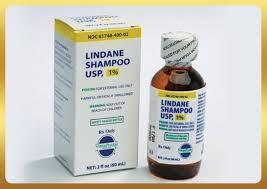 Lindane có dạng và hàm lượng là: dung dịch bôi ngoài da: 10 mg/ml.