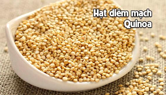 hat diem mach quinoa rat giau protein