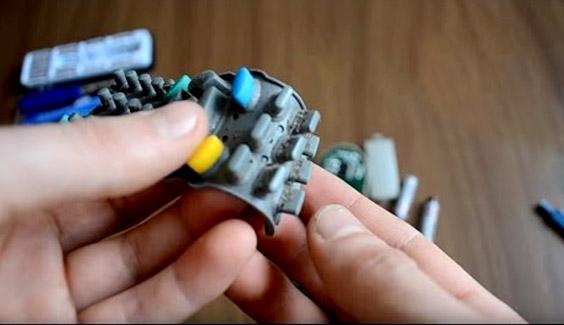[object object] Những vật dụng siêu bẩn cần làm sạch hàng ngày, nhưng chúng ta lại thường bỏ qua remote tv dieu khien tv vi khuan