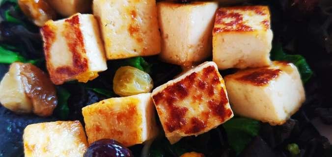 tofu aux pommes & raisins