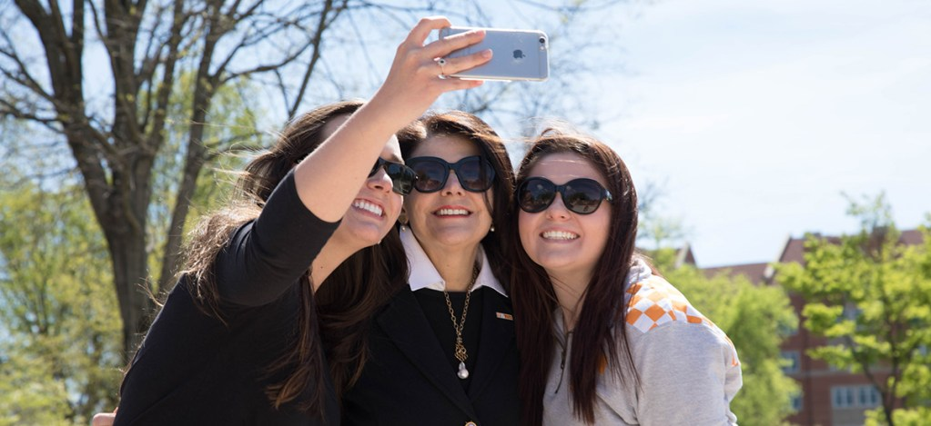 Chancellor Davenport caught up in a student selfie