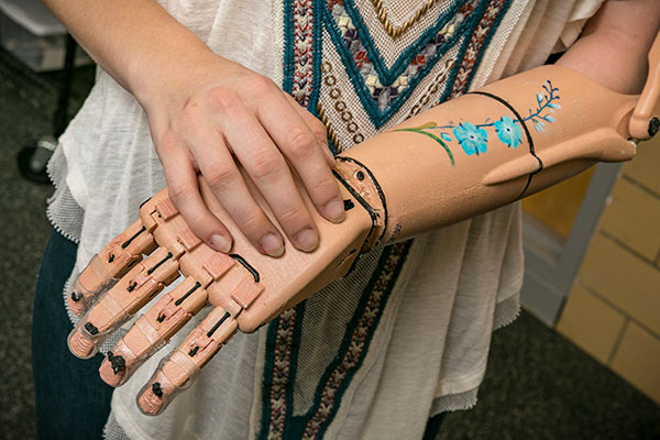 The UT Makers Club is creating prosthetics through 3D printing