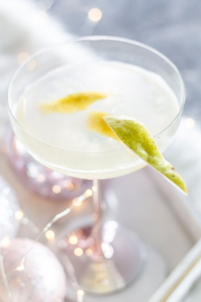 Pear-fect Lemon Peartini - Pear Vodka Martini Cocktail with Grey Goose La Poire Vodka and Barcard Limon - Festive Cocktail Ideas