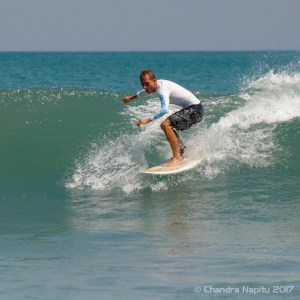 Intermediate surf lessons Legian