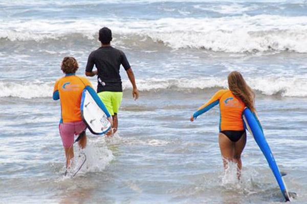 Surf lessons Bali