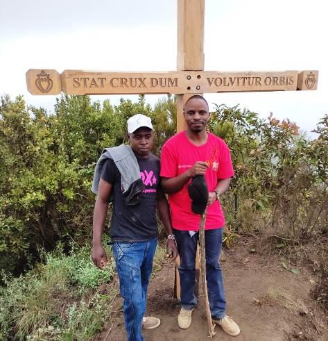 Image of hiking trail longonot
