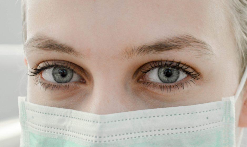 Pandemie Maske