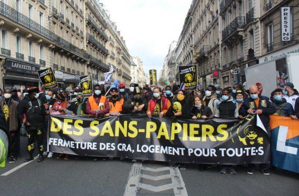 Marche sans papiers
