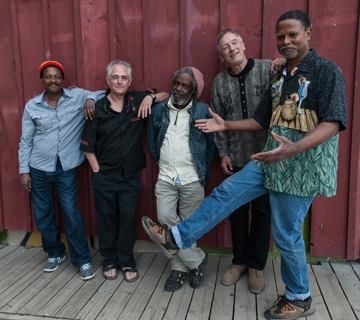 Terry Gillespie and Jamaican Musicians