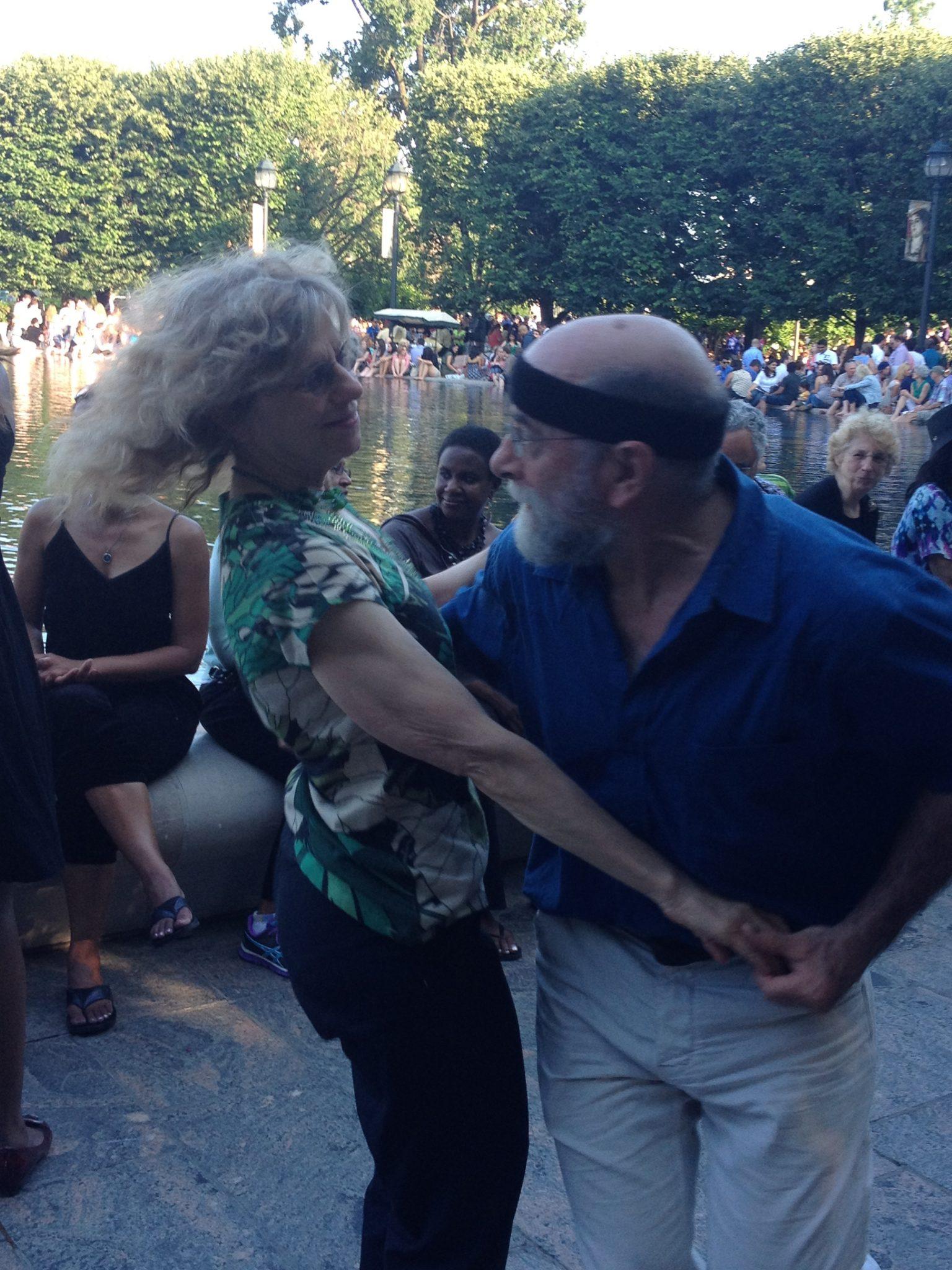 boomers-dancing