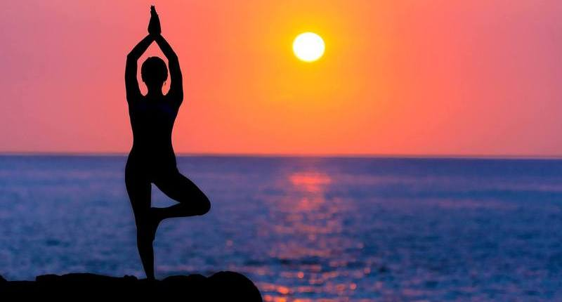How Yoga Benefits People Living with Dementia - ChangingAging