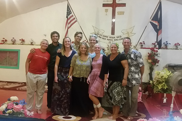 YWAM Ships Kona – 2016 outreach team