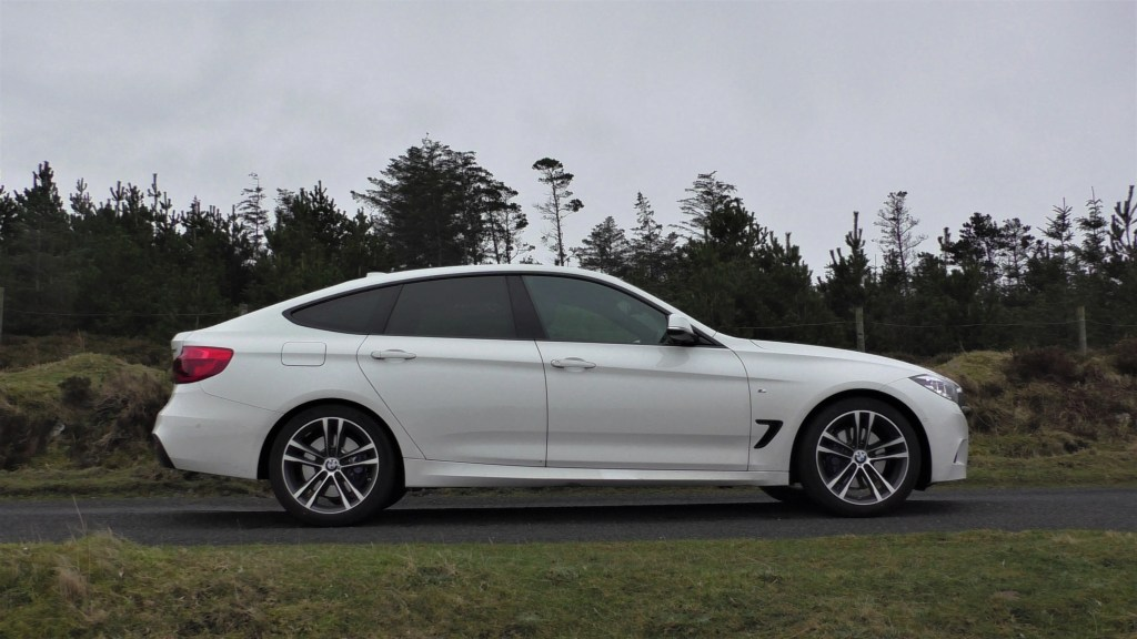 Bmw 320d M Sport Gran Turismo Review Changing Lanes