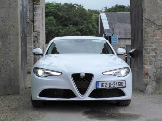 2017 Alfa Romeo Giulia Review