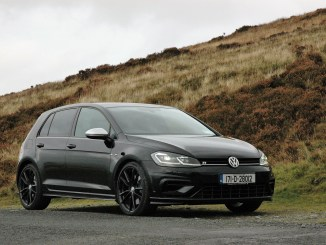 2017 Volkswagen Golf R review ireland