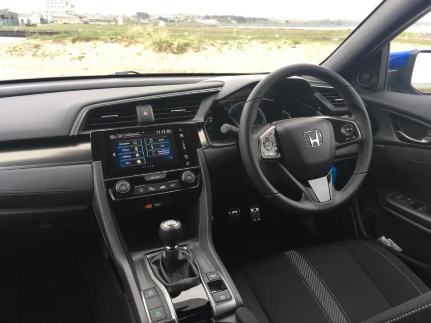 The interior of the Honda Civic Diesel
