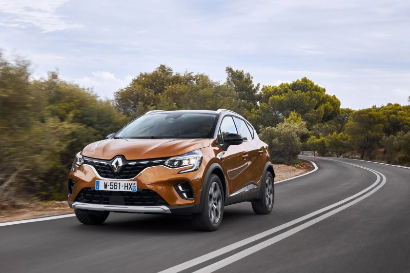 There are a range of bold colours available for the new Captur including Atacama Orange