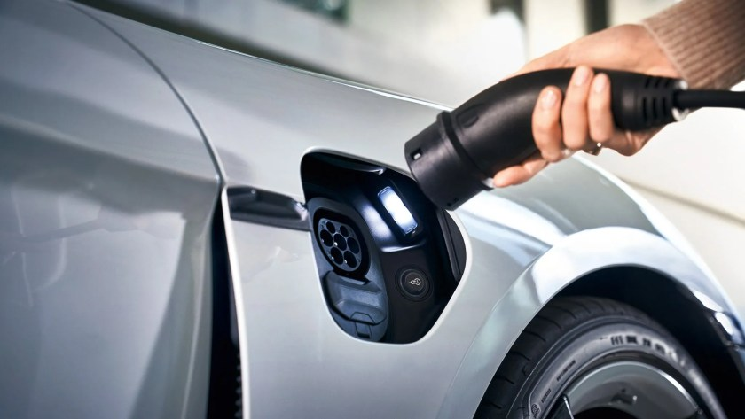 There are over 1,100 charge points in Ireland with more rapid charging hubs planned