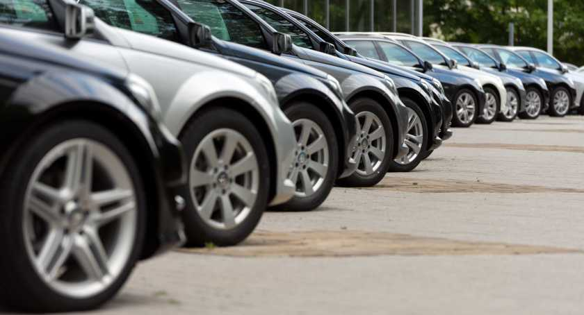 New car sales plummet again in May