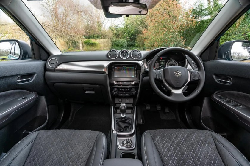 The interior of the 2021 Suzuki Vitara Hybrid