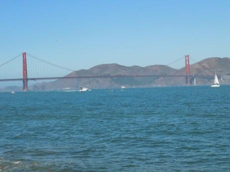 远眺金门大桥