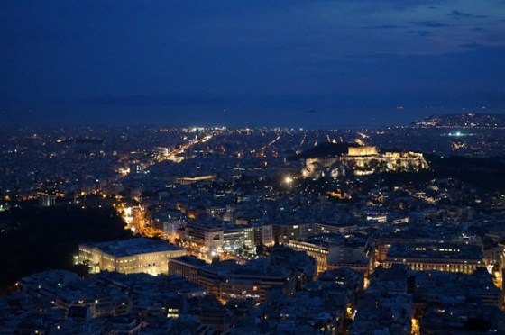 【17 蜜月.希臘-雅典】- DAY2 Lykavittos Hill 利卡維多斯山丘.閃閃發光的雅典夜景