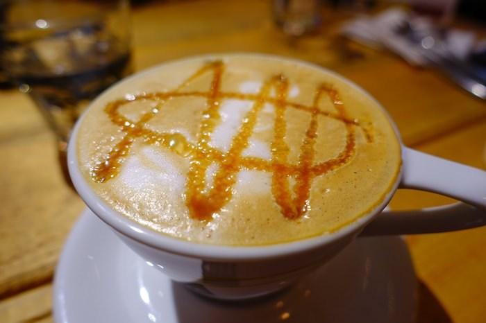 【食記】Panos Cafe.24小時營業的比利時連鎖餐廳(杭州店) @ 東門站