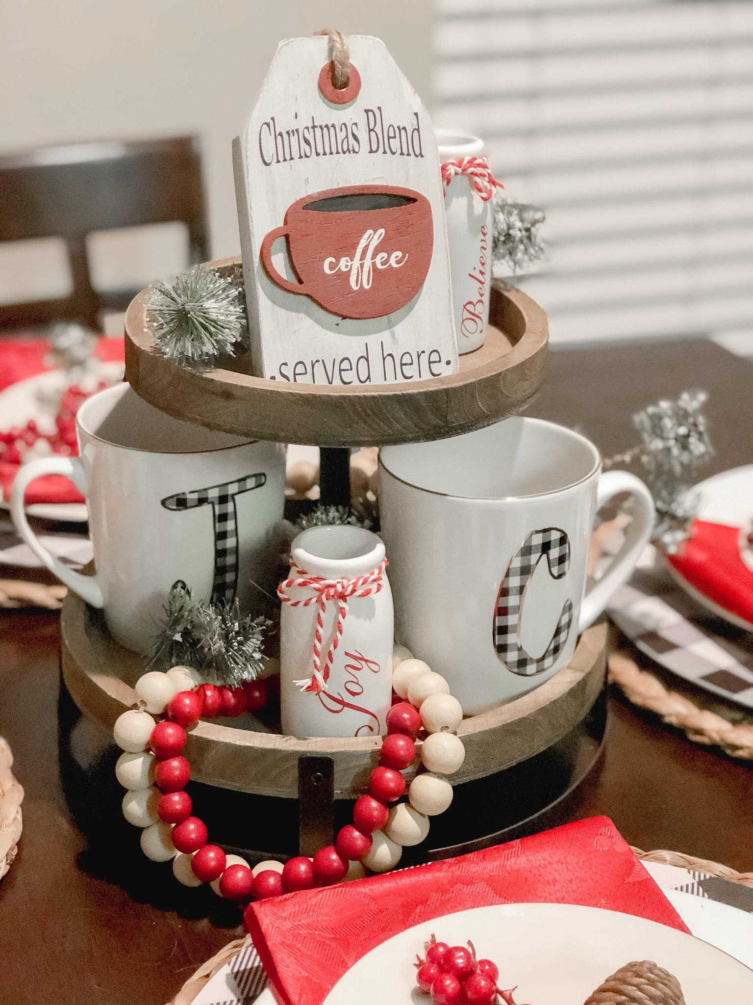 My Home Decor This Holiday Season | Chaos and Coffee