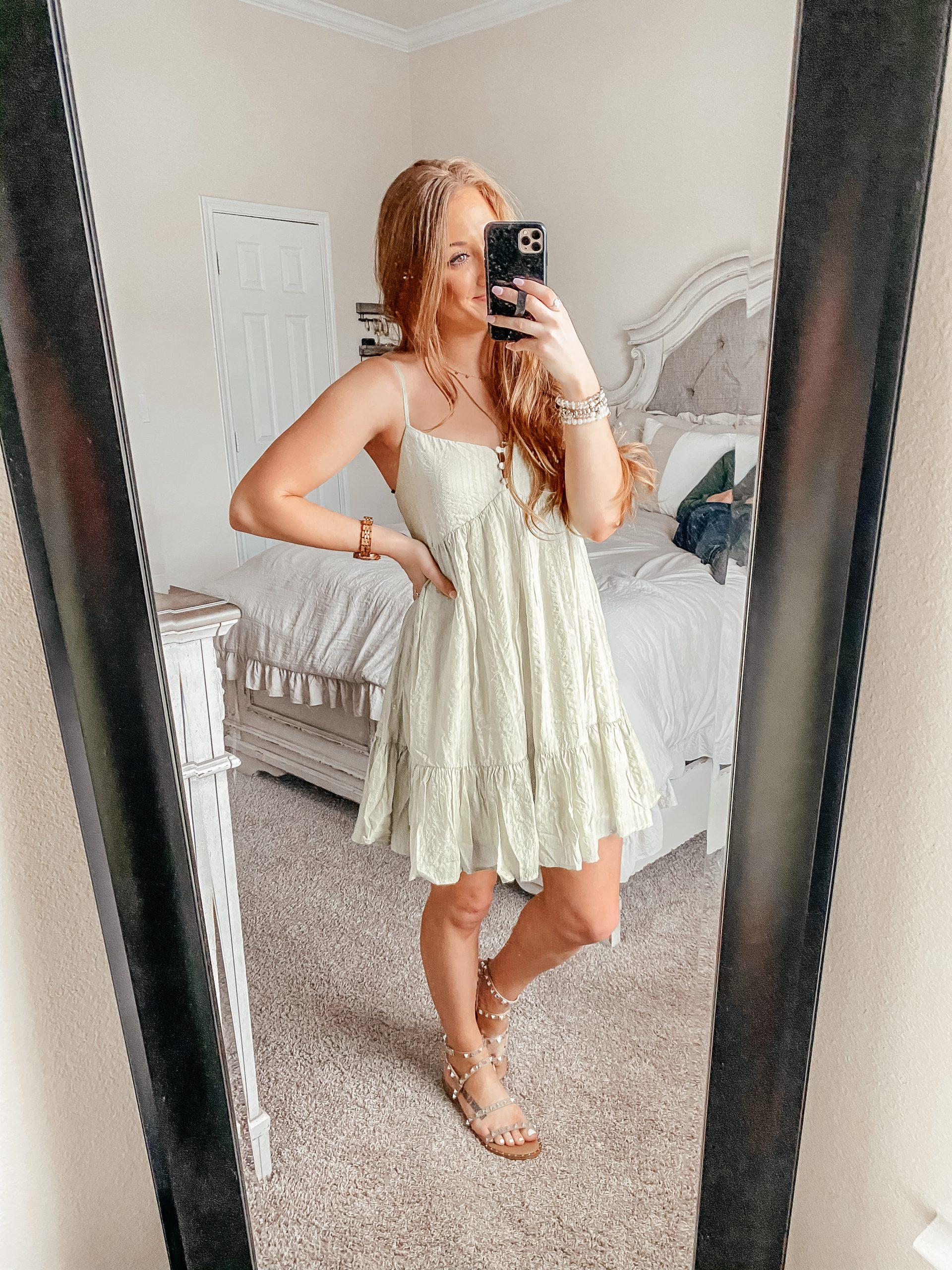 Light green babydoll dress from Forever 21 for spring.